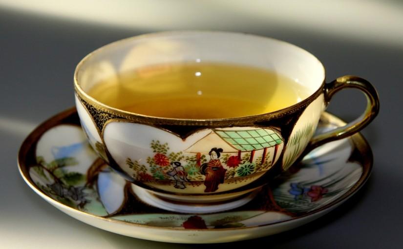 Заменете сутрешното кафе с чаша ароматен зелен чай поне за седмица